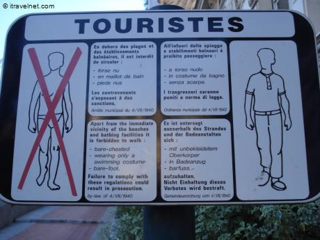 tourist-dress-code